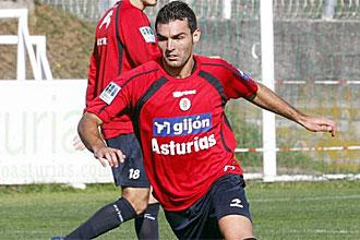 David Barral, durante un entrenamiento del Sporting, en una imagen de archivo