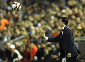 Emery, durante el encuentro de Europa League ante el Atl�tico de Madrid