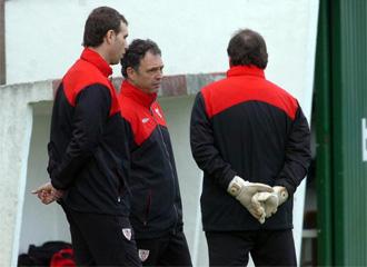 Caparr�s habla con Luciano Martin y Luis Llopis