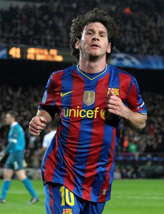 Messi celebrando su tercer gol contra el Arsenal
