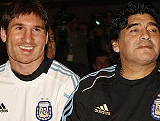 Messi junto a Maradona