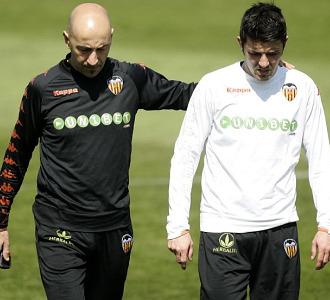 Ayestaran con Villa en un entrenamiento