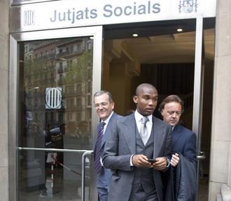 Samuel Etoo saliendo de los juzgados