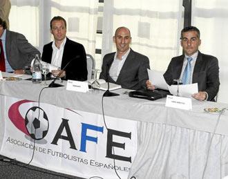 Reuni�n de la Asociaci�n de Futbolistas Espa�oles