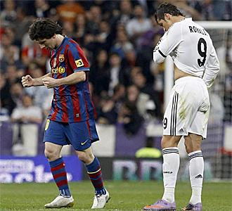 Messi celebra el gol marcador ante Cristiano