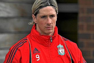 Torres, en un entrenamiento del Liverpool