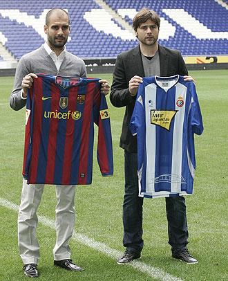 Guardiola y Pochettino, en el estadio de Cornell�-El Prat.