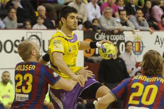 Eduardo Gurbindo en el partido contra el Barcelona.
