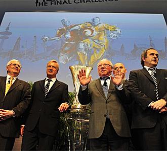 Presentaci�n de la final de la Europa League en Hamburgo