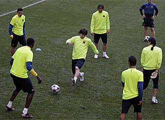 Los jugadores del Barcelona durante el �ltimo entrenamiento.