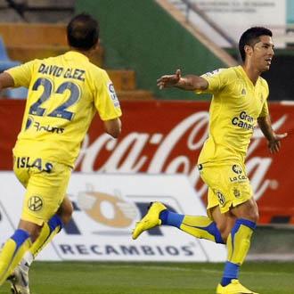 �lvaro celebra uno de sus tantos durante la temporada