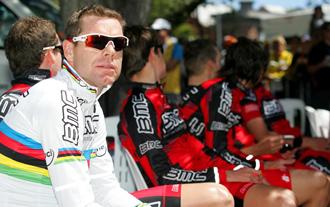 El equipo BMC Racing con Cadel Evans a la cabeza