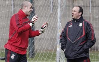 """Reina entiende que """"los grandes equipos del mundo"""" quieran a Ben�tez como entrenador"""
