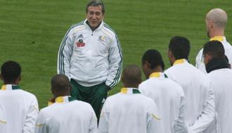 Parreira no continuar� al frente de Sud�frica tras el Mundial