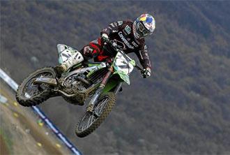 Barrag�n efect�a un salto durante una carrera