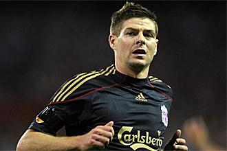 Steve Gerrard, durante un partido con el Liverpool