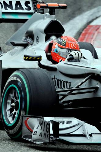 Michael Schumacher, a los mandos de su monoplazas Mercedes