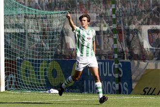 Asen celebra un gol ante el Levante.