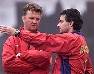 Mourinho y Van Gaal se volver�n a ver las caras en el Bernab�u.