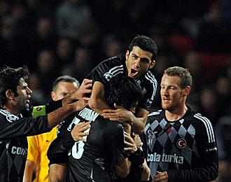 Tello ha alabado a Marcelo Bielsa por su labor al frente de Chile.