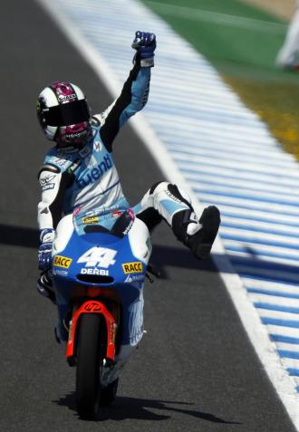 Pol Espargaró celebra su victoria en Jerez