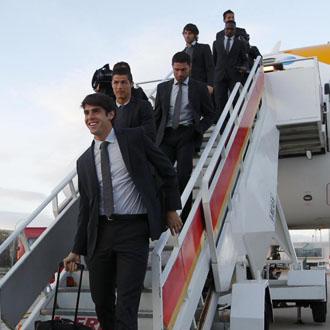 La plantilla blanca, en su llegada a Mallorca