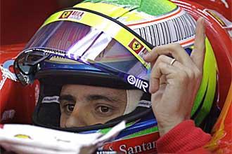Felipe Massa, en el box de Ferrari poco antes de la sesi�n de calificaci�n del Gran Premio de China