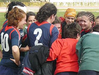 Las jugadoras de la selección española femenina se han conjurado para hacer un buen papel en el Europeo de Estrasburgo... como suele ser habitual en ellas