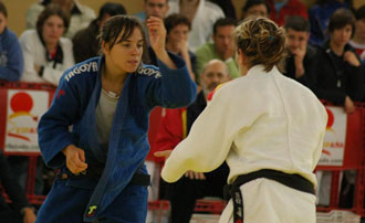 Laura G�mez en pleno combate
