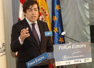 Macua busca que el Gobierno vasco se sume al proyecto