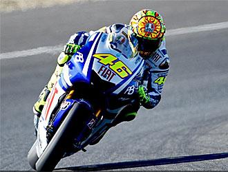 Rossi sorprendió a Stoner y Lorenzo al final.