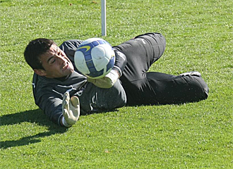 Justo Villar durante un entrenamiento.