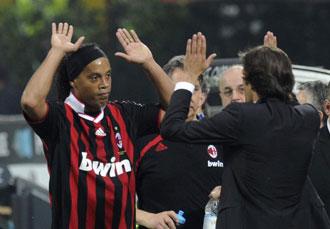 Leonardo no seguir�n en Milan. Ronaldinho, puede que s�.