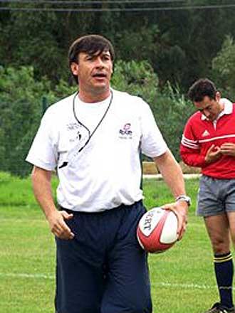 'El Huevo' dej� una profunda impronta en su paso por nuestro pa�s vecino ib�rico, el Club Deportivo Direito, la Federaci�n de Rugby de Portugal y Os Belenenses contaron con sus servicios