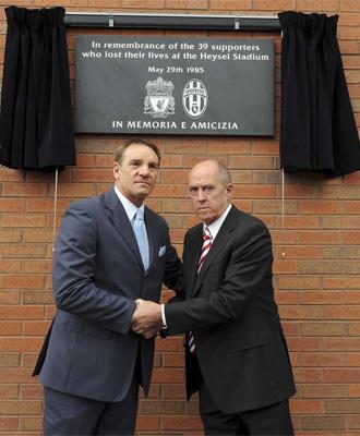 Acto de homenaje a las v�ctimas de la tragedia de Heysel.