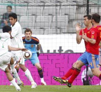 Marchena en el segundo gol de Arabia