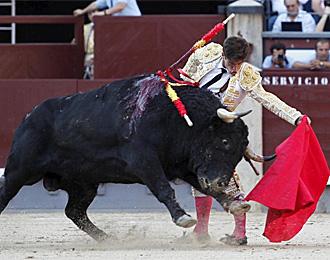 Rub�n Pinar, en el quinto toro