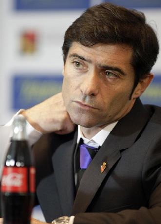 Marcelino, en una rueda de prensa durante su etapa como t�cnico del Zaragoza.