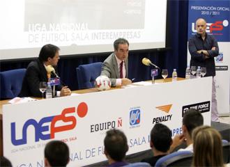 Javier Lozano y Fernando Cueto, durante la presentaci�n del torneo.