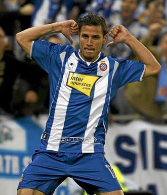 Osvaldo celebra un tanto del Espanyol.