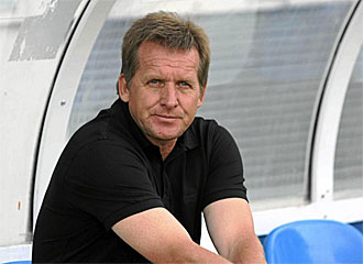 Schuster vuelve a los banquillos dos a�os despu�s