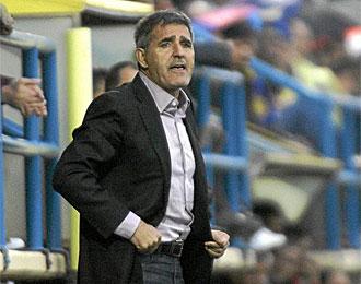 Paco Herrera, en un partido con el Villarreal B