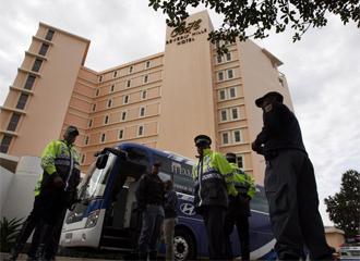 La polic�a investiga el robo en el hotel de la selecci�n griega.