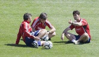 Nayim, junto a Roberto y Gay