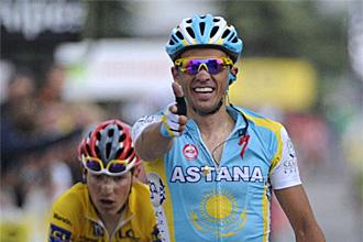 Contador celebra su triunfo en la sexta etapa de la Dauphin� Liber�