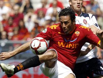 Luca Toni esta temporada jugando con la Roma