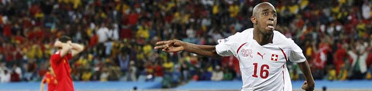 Gleson celebra el gol de Suiza
