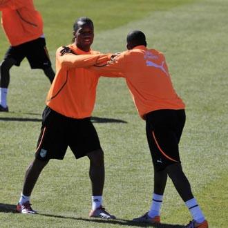 Drogba ya se entrena con el resto de sus compañeros con absoluta normalidad