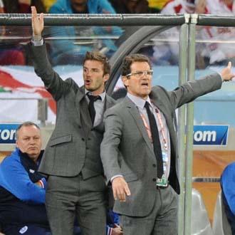 Beckham ha viajado con su selecci�n hasta Sud�frica pese a la lesi�n que le impide disputar el Mundial