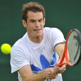 Murray se entrena en las pistas de Wimbledon